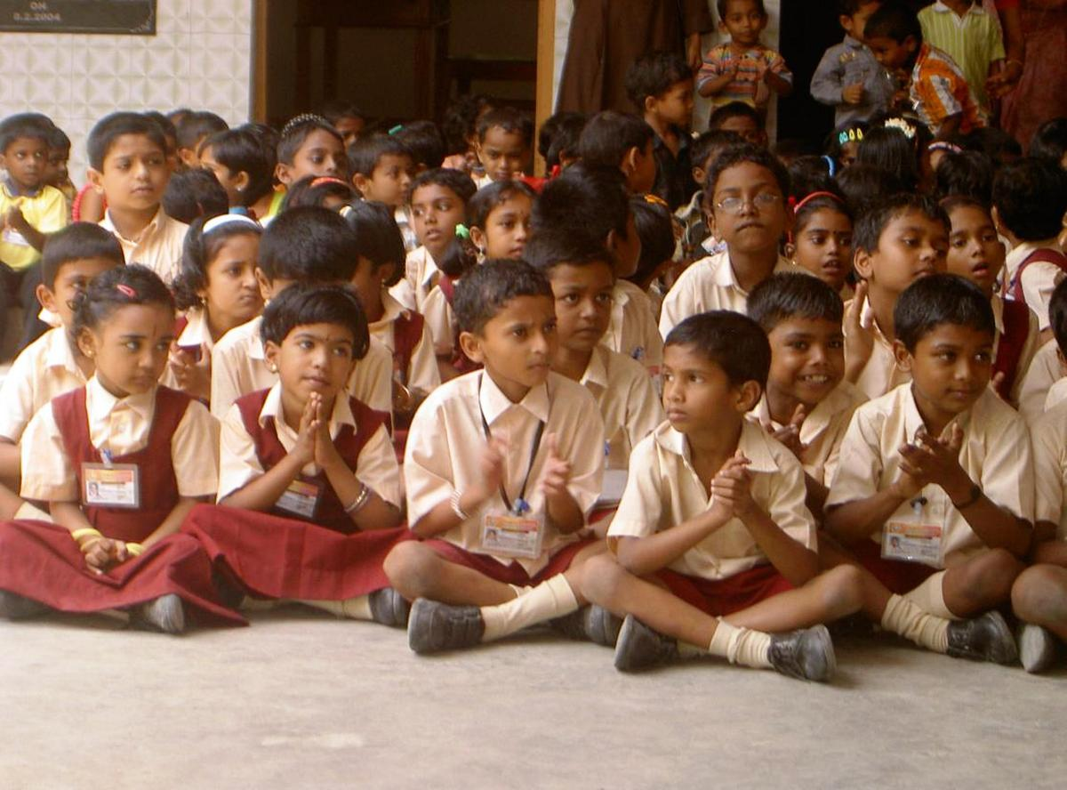 hindi escuela secundaria