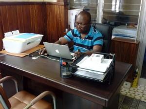 Le Père Jean Claude Ngatchuesi sch.p Coordonnateur Itaka RDC
